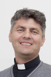 otec Stanko Krajnak